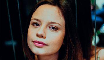 LOUISIANE C. DOR<br> « Une autrice talentueuse qui a du cœur »